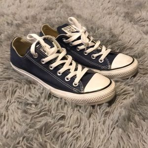 GENTLY USED Converse All-Stars